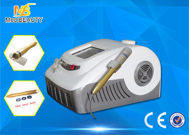China Laser de fibra óptica 30w del diodo 980nm de la terapia del laser de la araña del retiro vascular de la vena distribuidor