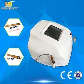 China Máquina vascular portátil del retiro del laser 980nm del diodo 30w para el tapón de la vena distribuidor